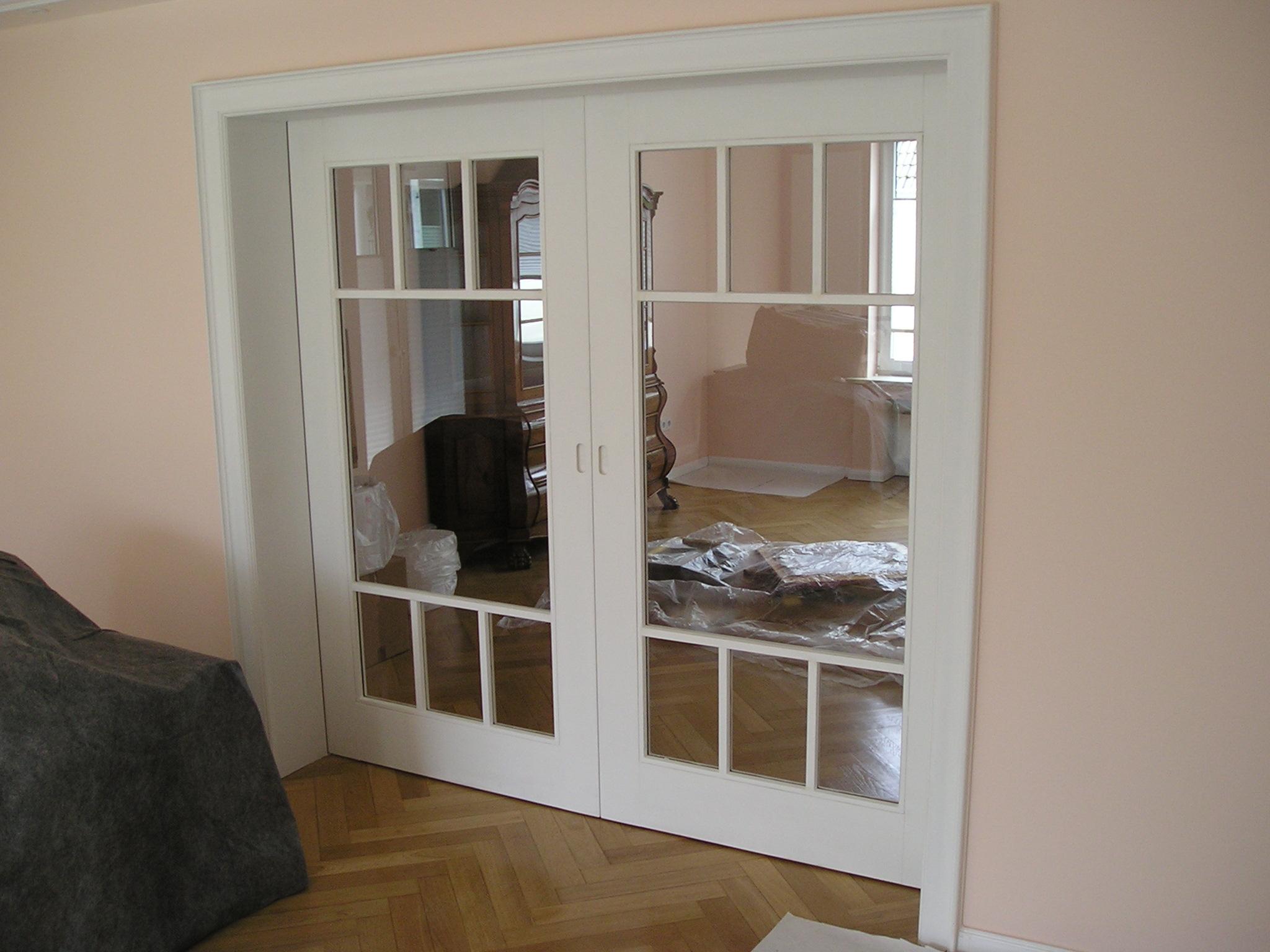schiebeturen aus holz und glas m bel und heimat design inspiration. Black Bedroom Furniture Sets. Home Design Ideas